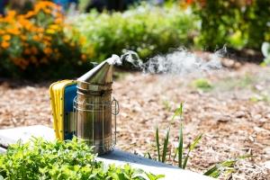 Bee Hive Smoker