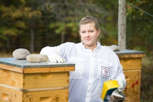 Jessie Caccavale, Beekeeper