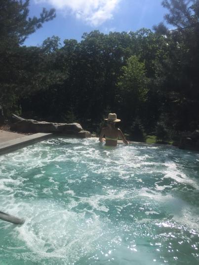 Outdoorwhirlpool1